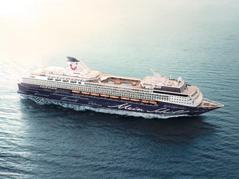 Mittelmeer-Kreuzfahrten mit Mein Schiff Herz